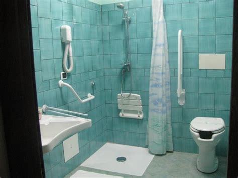 bagno invalidi bagni per disabili bagni attrezzati accessibli per