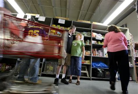 Loaves And Fishes Pantry by More Single Living In Poverty In Naperville