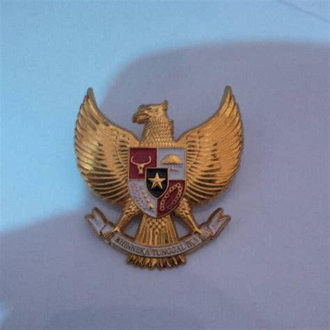 Pin Garuda 6 Cm jual pin garuda 4 cm attraniaga