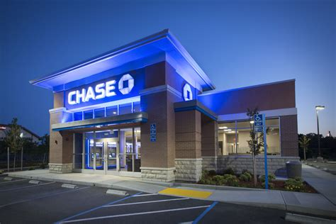 chaise bank commercial contractor chase banks construction