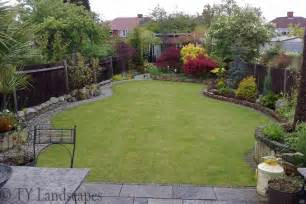 Small Garden Landscape Ideas Garden Landscaping Pictures For Small Gardens Home Landscaping