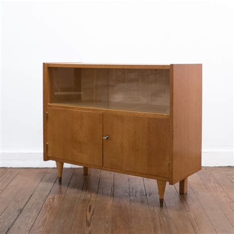 Petit Commode by Commode Vitrine