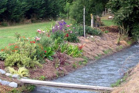River Garden by Time