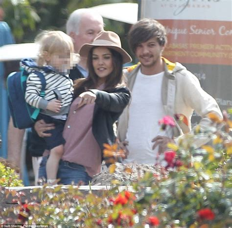directions louis tomlinson  girlfriend danielle campbell enjoy family day  daily