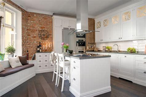 küche deckenventilator ideen wandgestaltung k 252 che rot