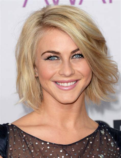 julianne hough bob short hairstyles lookbook stylebistro julianne hough short wavy cut short wavy cut lookbook