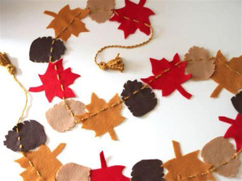 fall garlands decorations get crafty make a felt garland for fall hgtv