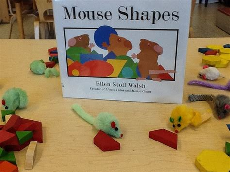 pattern reading books for kindergarten mouse shapes book pattern blocks and mice favorite
