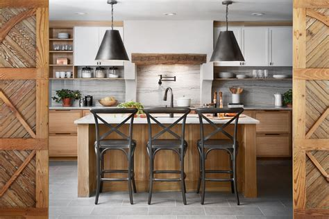 2017 Decorating Trends Kitchen Design Tips From La Peque 241 A Colina Joanna Gaines