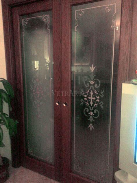 porte scorrevoli legno e vetro porta scorrevole in legno e vetro decorato vetrarte gr