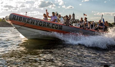 speed boat new york new york city 1 hour high speed boat charter