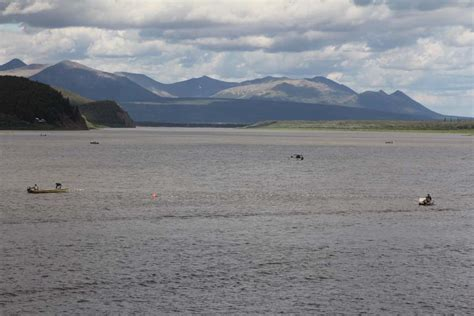 the open boat ending 8 hour opening in the middle kuskokwim yields some salmon