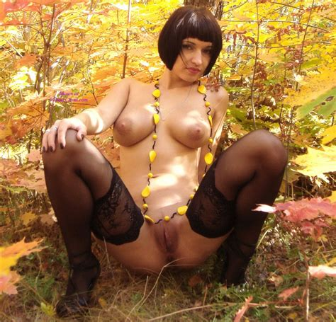 Nude Woman In The Woods The Free Voyeurclouds