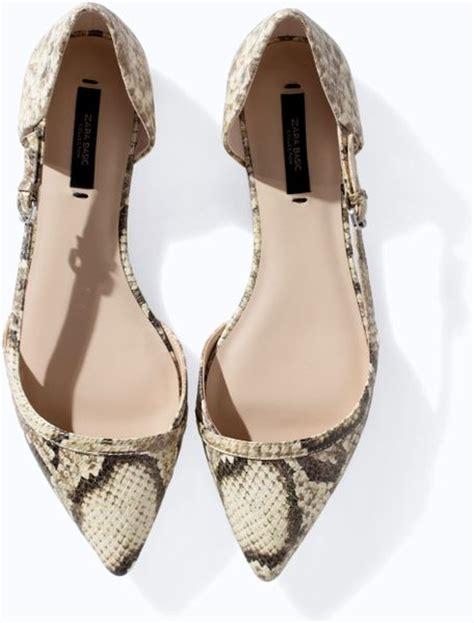 snakeskin flat shoes zara pointed snakeskin flat shoes in animal lyst