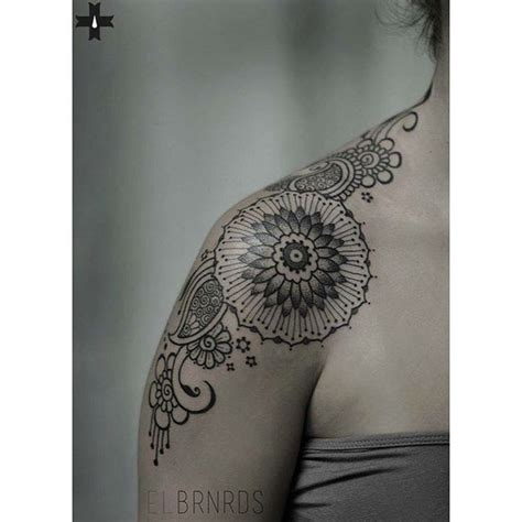 tattoo on front shoulder 17 best ideas about front shoulder tattoos on