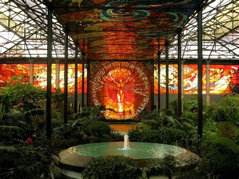 cosmovitral mexico s amazing stained glass botanical