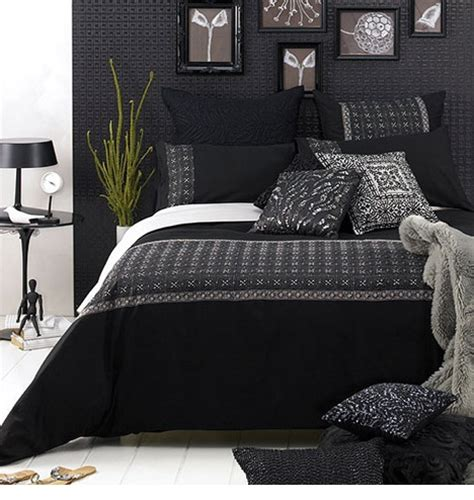 Black And White Bedroom Design House Designs Small Bedroom Decorating The Combination