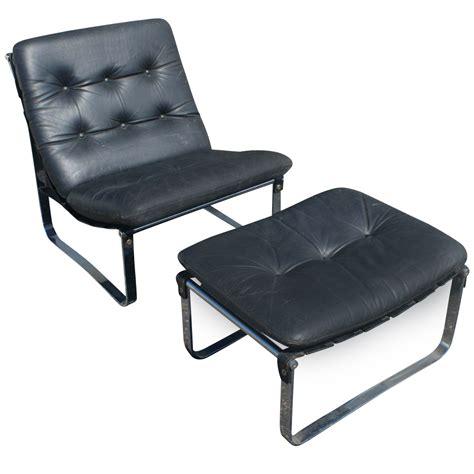 vintage leather lounge chair metro retro furniture vintage leather chrome lounge
