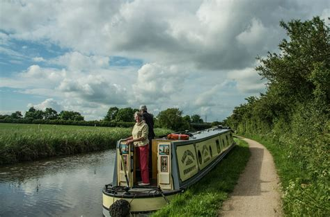 luxury canal boat hire stratford upon avon excellenec afloat at valley cruises discount 5 off