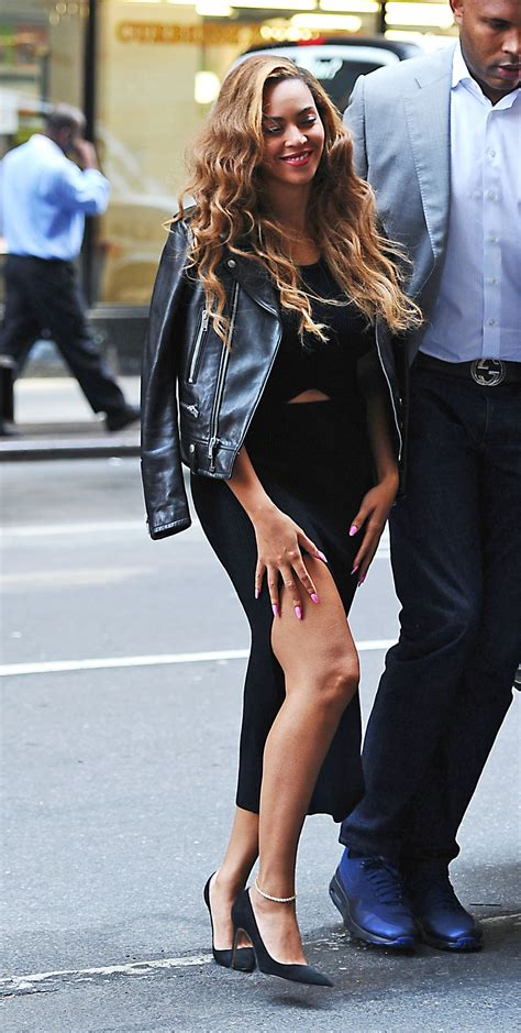 beyonce street style beyonc 233 street style heading to her office in nyc june 2015