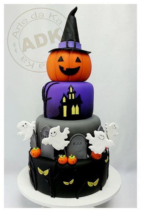 halloween themed cakes best 25 halloween cakes ideas on pinterest easy