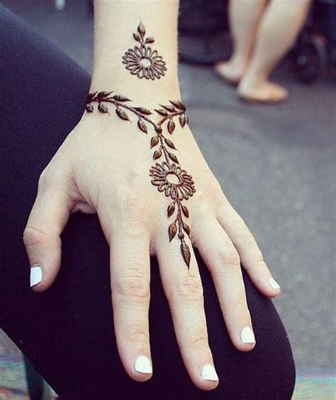 tattoo henna uk the 25 best simple henna tattoo ideas on pinterest