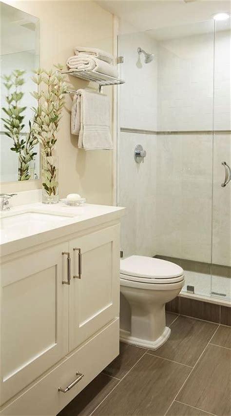 Badezimmer Cremefarben by 25 Best Ideas About Bathroom On