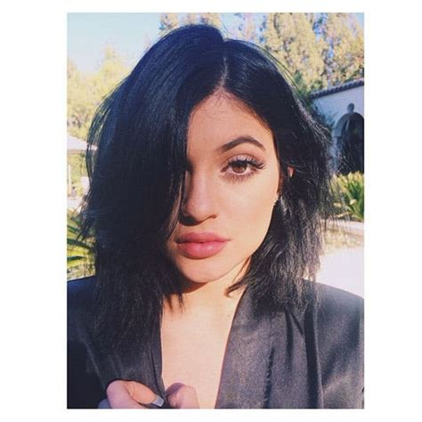 how to get kylies short hair 12 times kylie jenner s hair ruled brit co