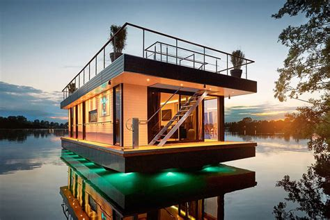 houseboats sf four things to consider before buying a houseboat