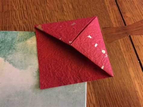 Bookmark Origami - the origami bookmark you can make for free boing boing
