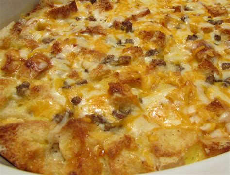 breakfast casserole with bread slices