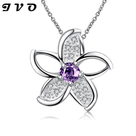 new style silver plated pendant necklace for