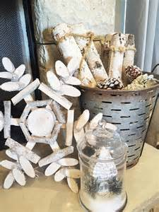 idea for wood metal mix decorations rustic christmas mantel decor ideas