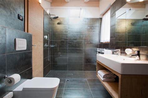 piastrelle bagno nere piastrelle nere bagno bagno casetta