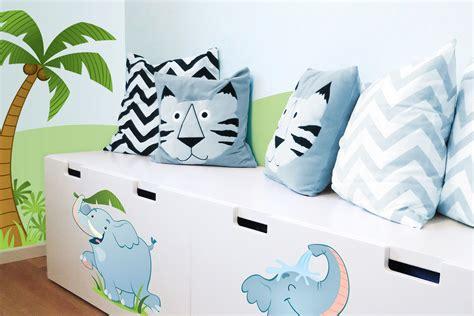 decorare cuscini come decorare con i cuscini mobr 236 arrediamo