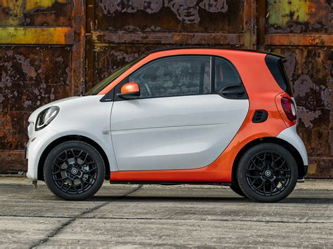features of a smart car new 2017 smart fortwo price photos reviews safety