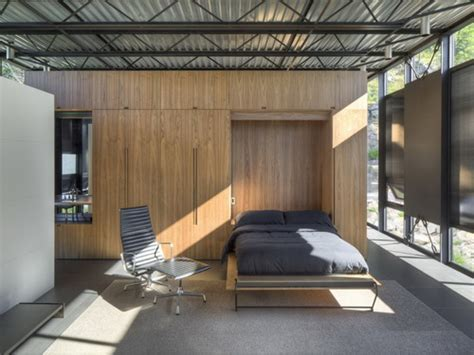 desain interior rumah kaca desain rumah kaca reflektif bergaya industrial yang