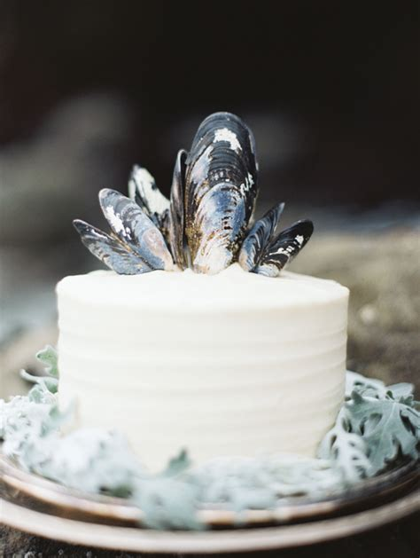 just like sugar table top where to buy 15 small wedding cake ideas that are big on style a