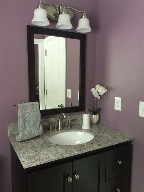 plum colored bathrooms 25 best ideas about plum paint on plum decor