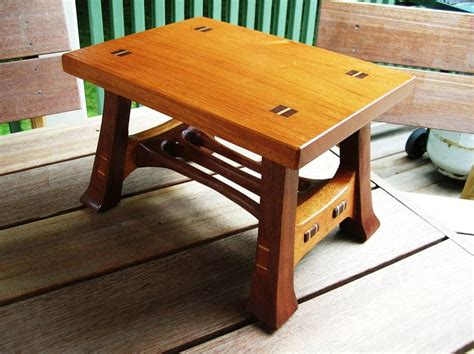 Small Benches And Stools Small Stools Reader S Gallery Woodworking м