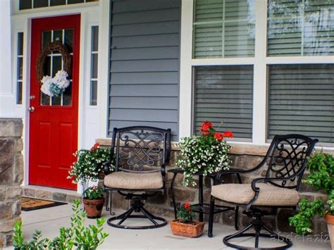 ideas for small front porch decorating