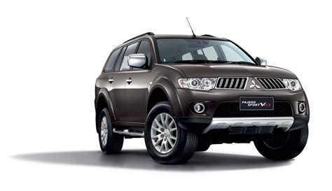 Garnish Fogl All New Pajero 2013 mitsubishi triton vgt