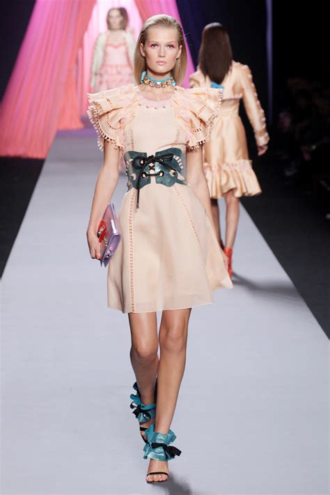 I Viktorrolf by Trots Op Viktor Rolf Independent Fashion Daily