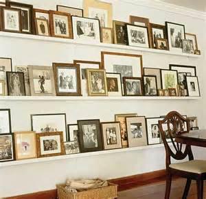how to design a gallery wall bilderrahmen dekorieren kreative wandgestaltung freshouse
