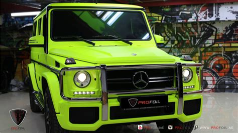lada fluorescente g63 amg gets neon yellow wrap from profoil