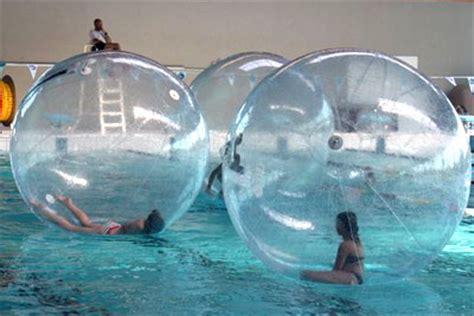 Water Ball3 activit 233 insolite water bulle pour marcher sur l eau