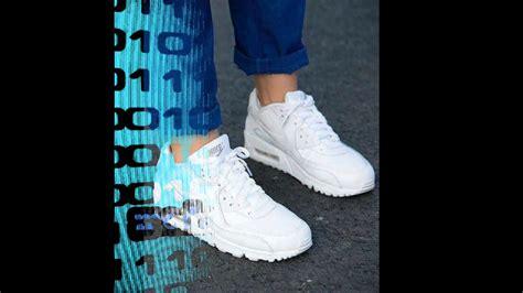 imagenes de tenis adidas blancos para mujer los tenis blancos que est 225 n de moda mujer youtube