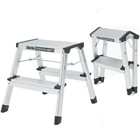 aluminum step stool 2 foot 2 foot step ladder lowes 2 foot step ladder rubbermaid