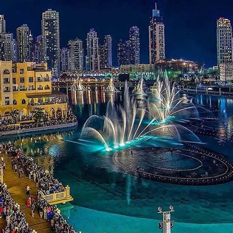 Top 25 Best Dubai Mall Ideas On Holidays To 25 Best Ideas About United Arab Emirates On