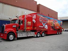 Lightning Mcqueen Truck 5453542881 103bd43884 Z Jpg